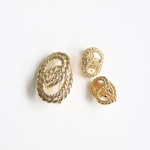 vintage jewelry brooch and earrings set